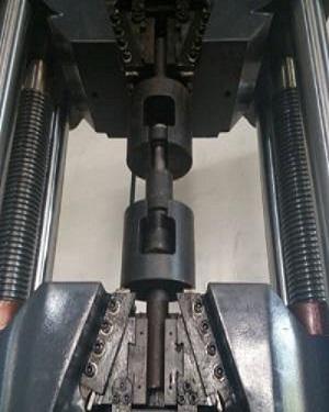 高强度螺栓拉伸试验